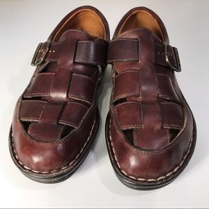 Born brown leather shoes, size 8